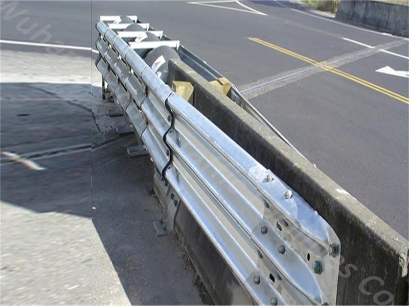 Extrémité de terminal de garde-corps de sécurité anti-corrosion